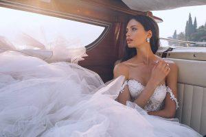 Typy dekoltów w sukni ślubnej